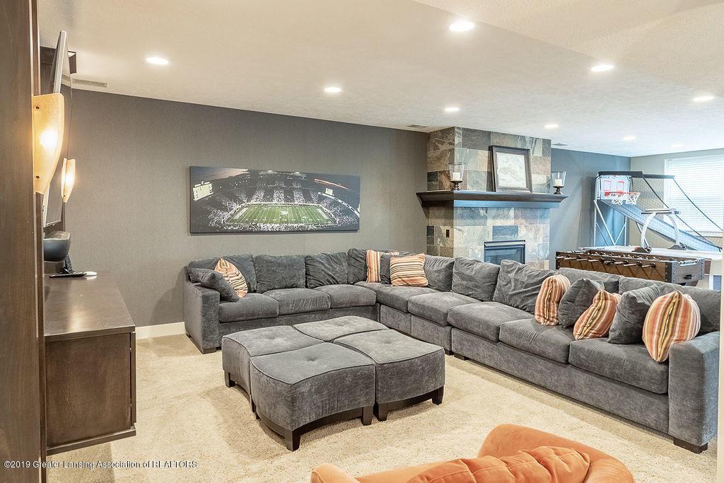 6405 Heathfield Dr - Lower Level Family Room - 66
