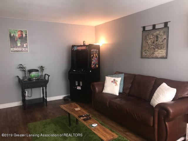 1041 Kimberly Dr APT 2 - Living Room - 8