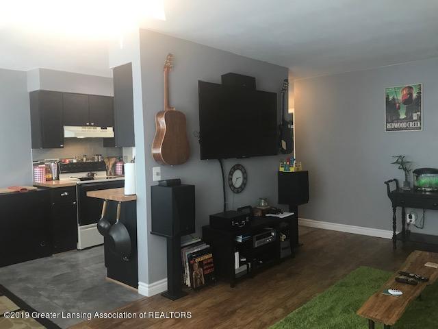 1041 Kimberly Dr APT 2 - Living Room - 10