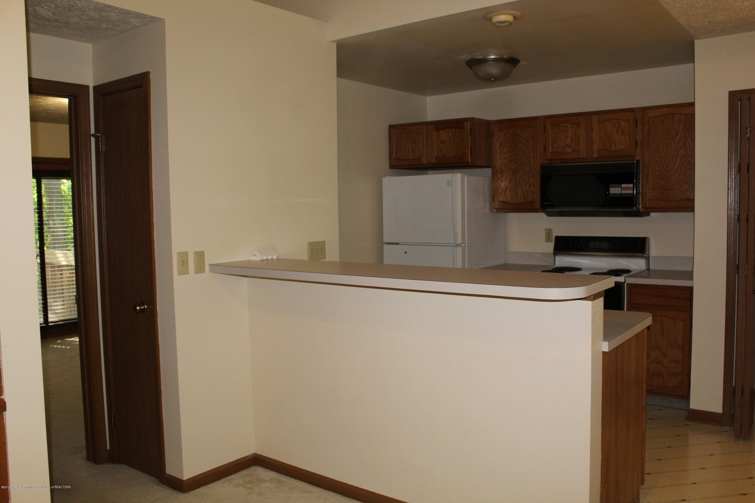 5041 W Willoughby Rd APT 3 - IMG_0901[1] - 6
