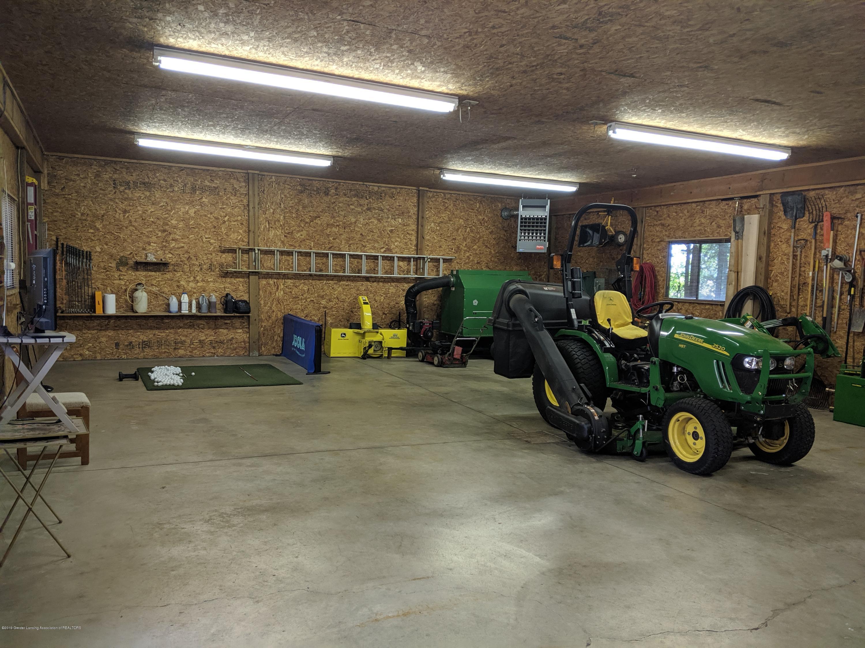 9505 Oneida Rd - Pole barn - 16