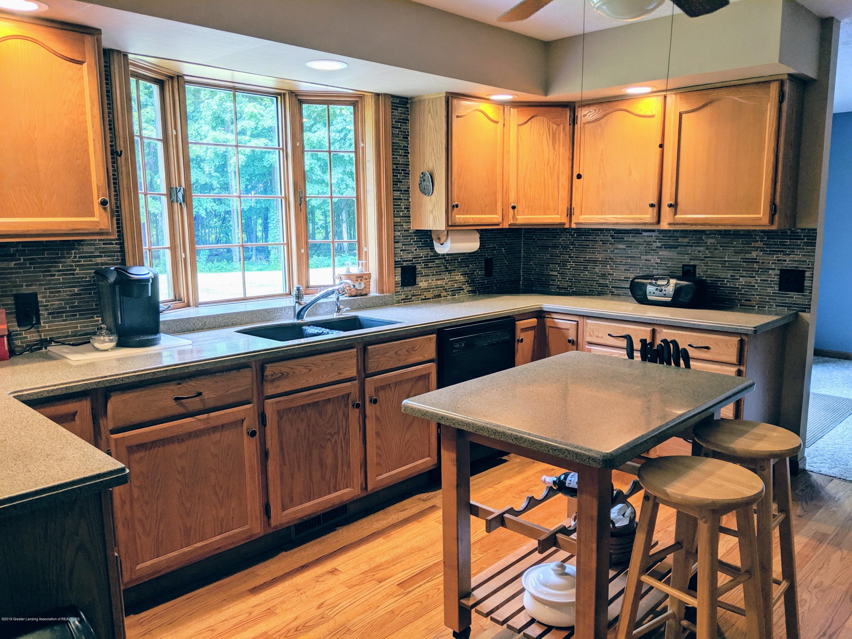 9505 Oneida Rd - Kitchen - 25