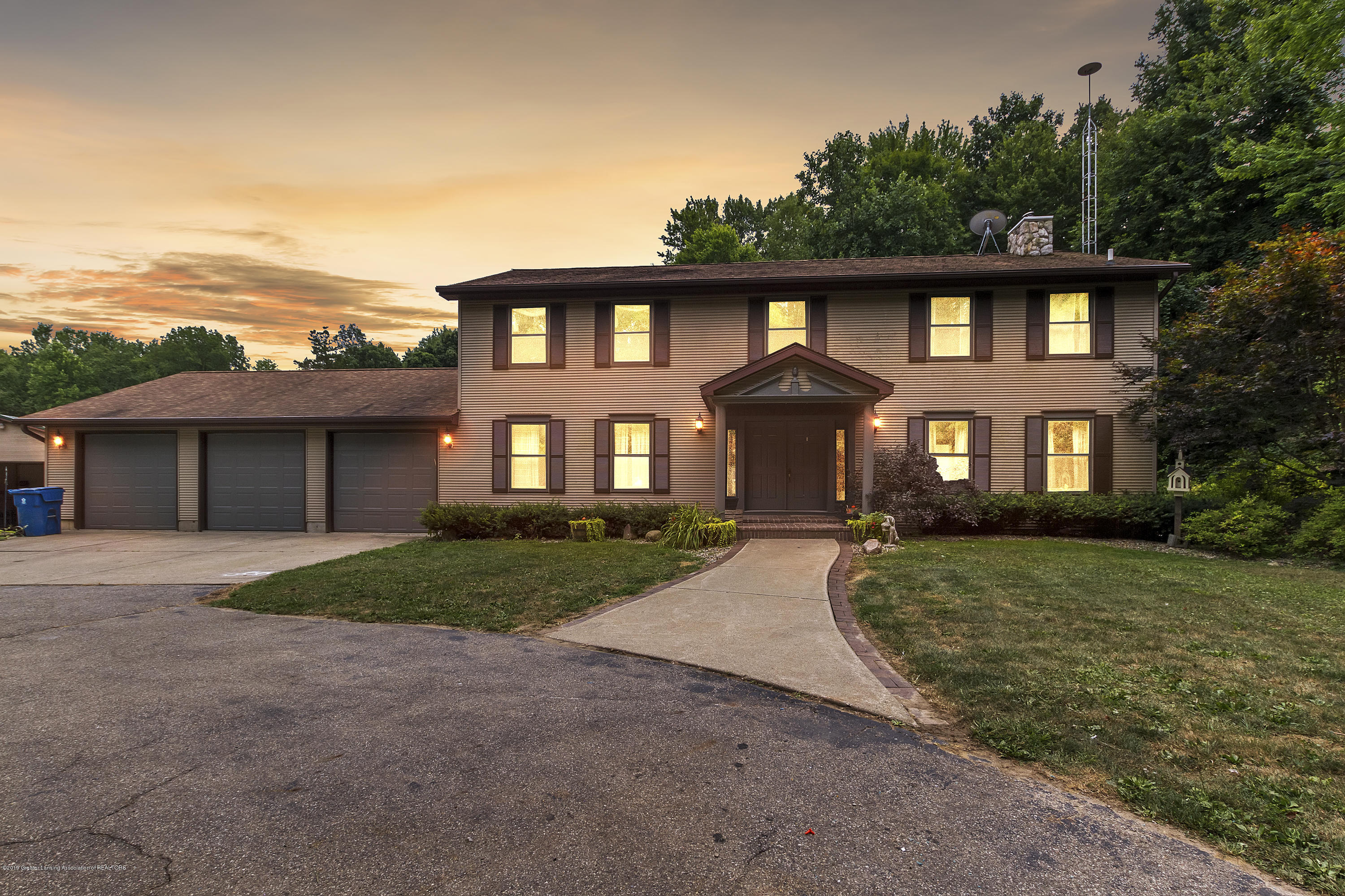 11613 Edgewood Rd - Front of home - 1