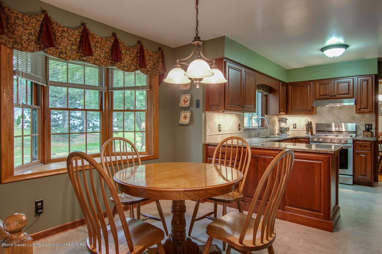 1737 Country View Dr - 6D3EB760-8E05-423A-A43D-B960737D82F4 - 9