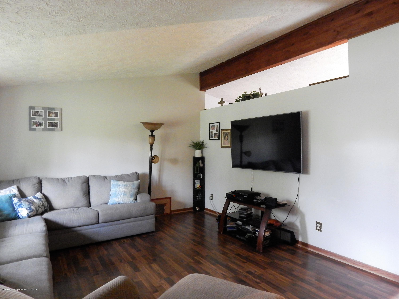 13444 Tiffin St - Living Room - 22