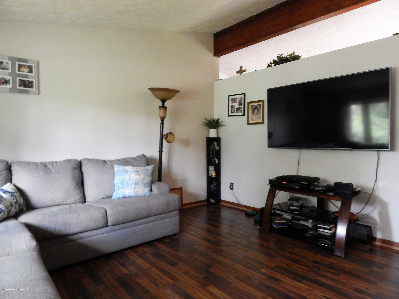 13444 Tiffin St - Living Room - 25
