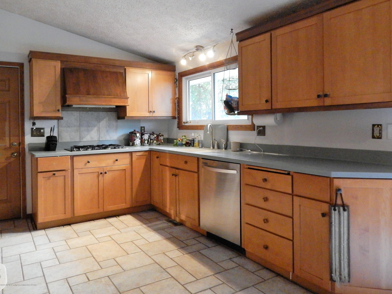 13444 Tiffin St - Kitchen - 14