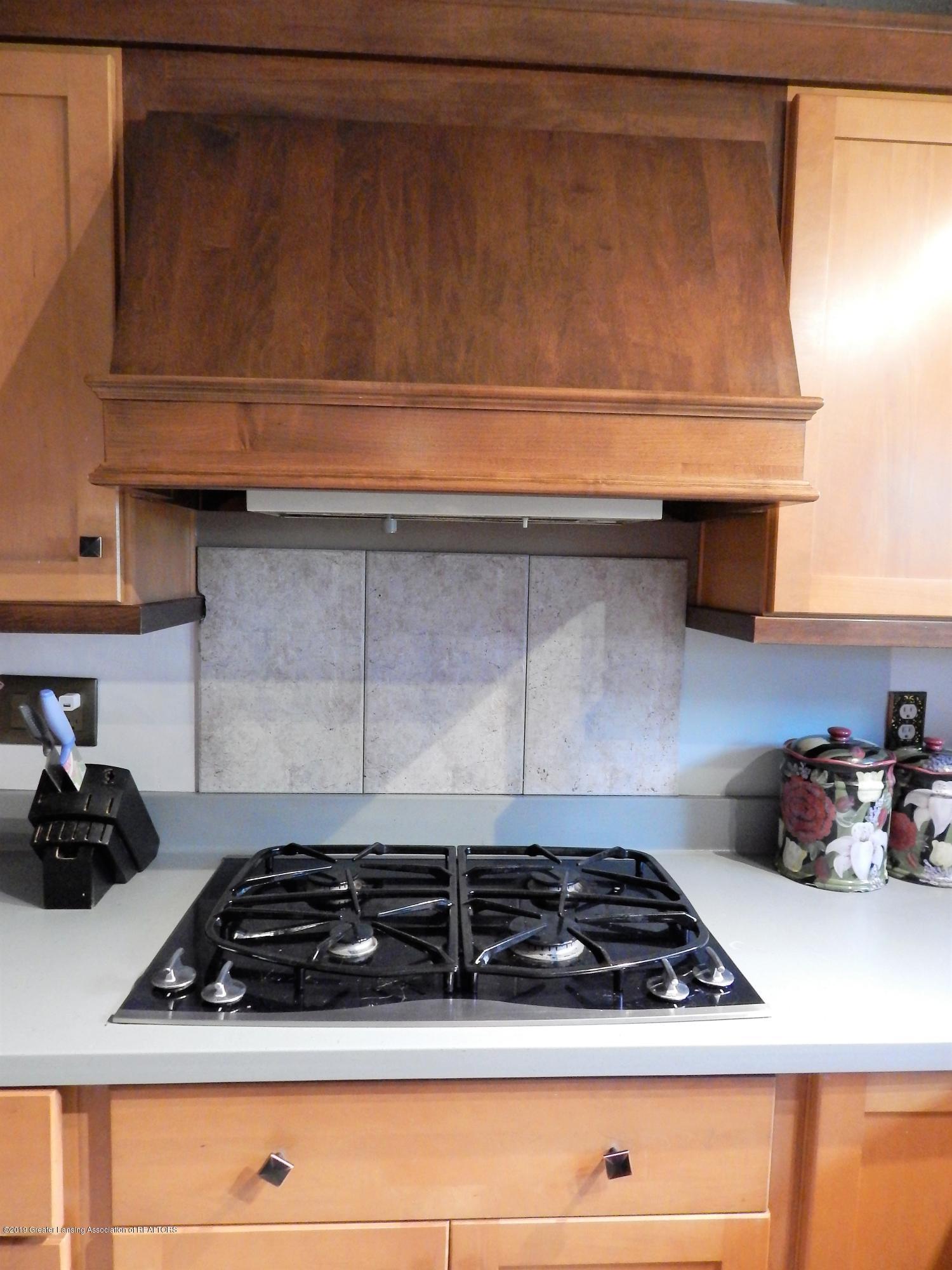 13444 Tiffin St - Kitchen - 15