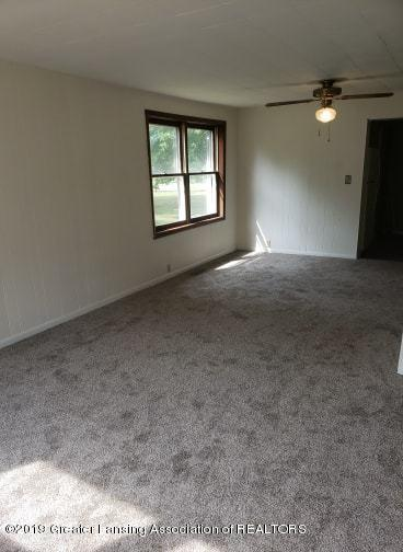 620 Forest St - Living Room - 6