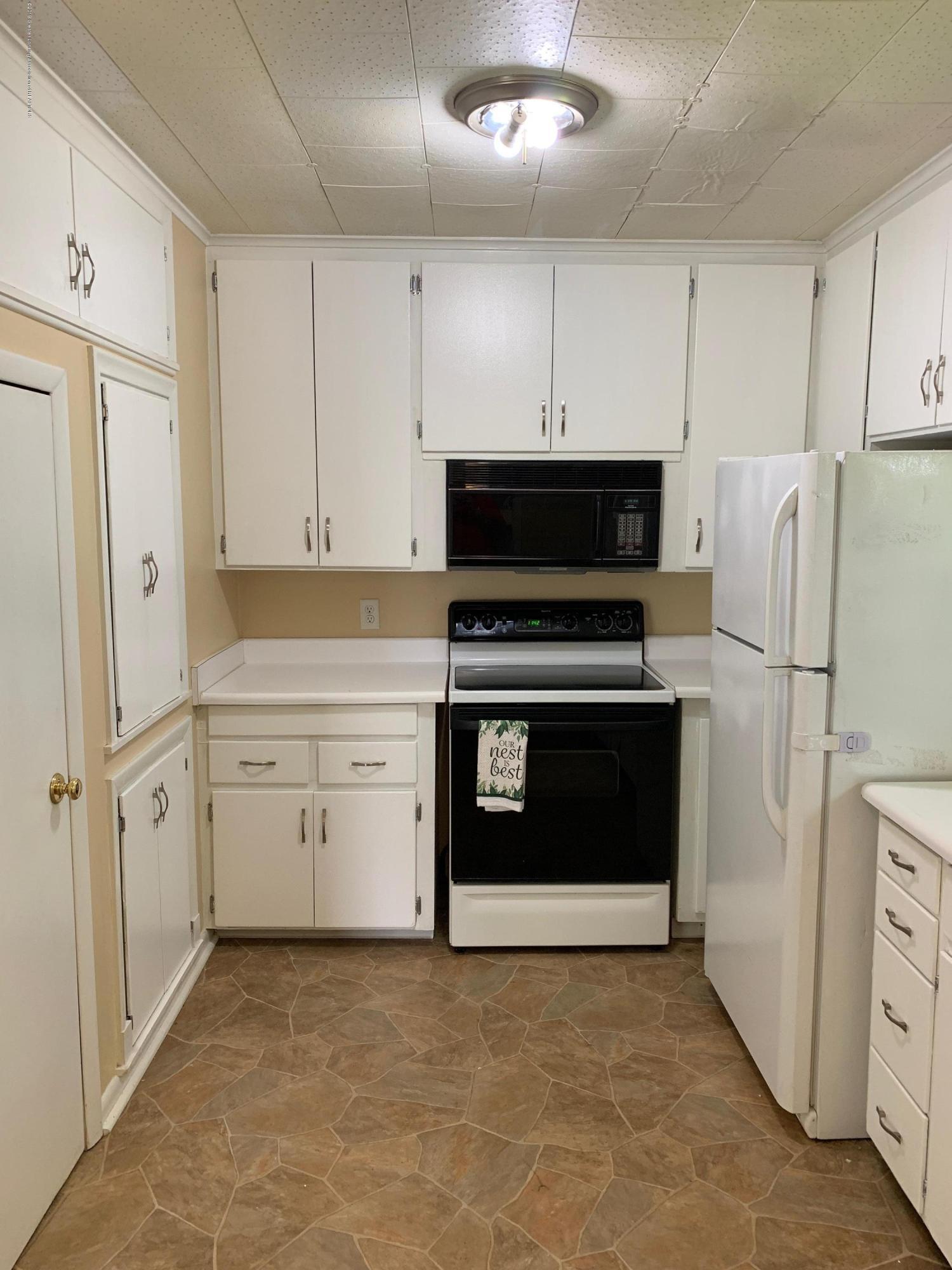 4210 Stabler St - Kitchen - 4