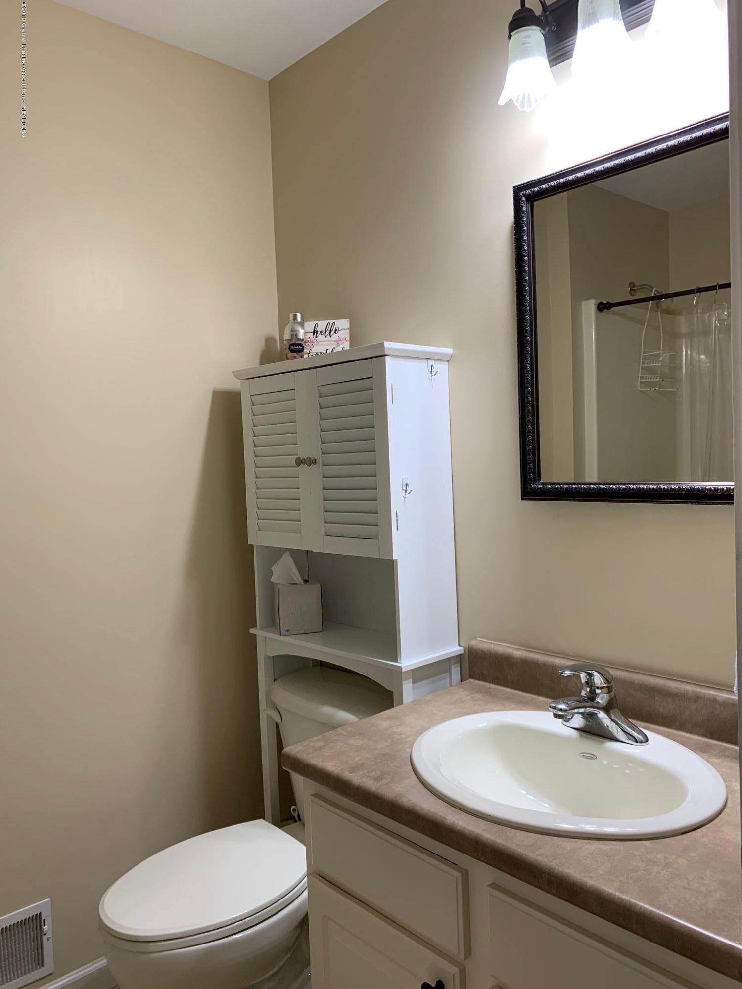 1410 Jackson Dr - Bathroom - 15