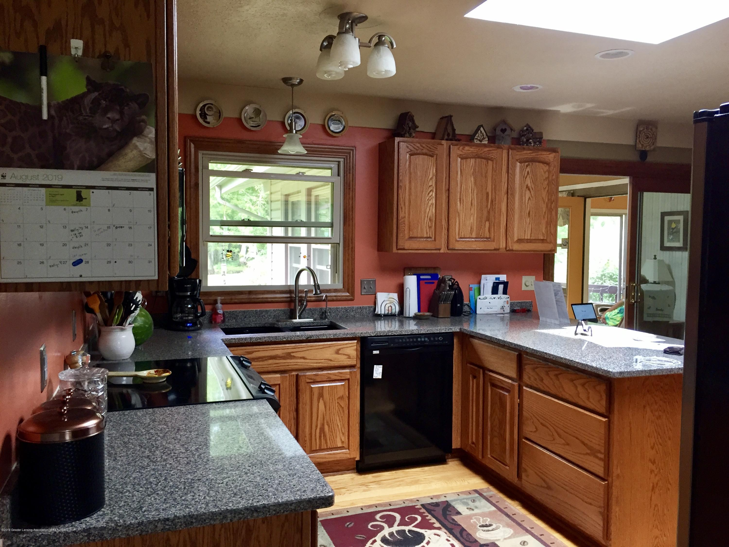 805 E Dill Dr - Updted Kitchen - 62