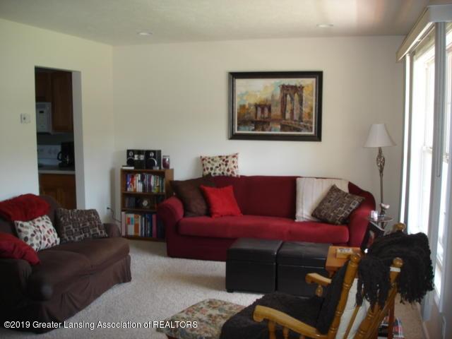 1506 S Lansing St - Living Room - 4