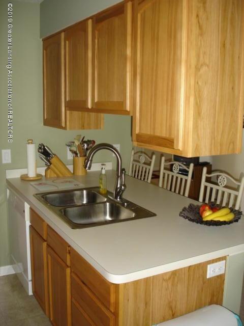 1506 S Lansing St - Kitchen - 8