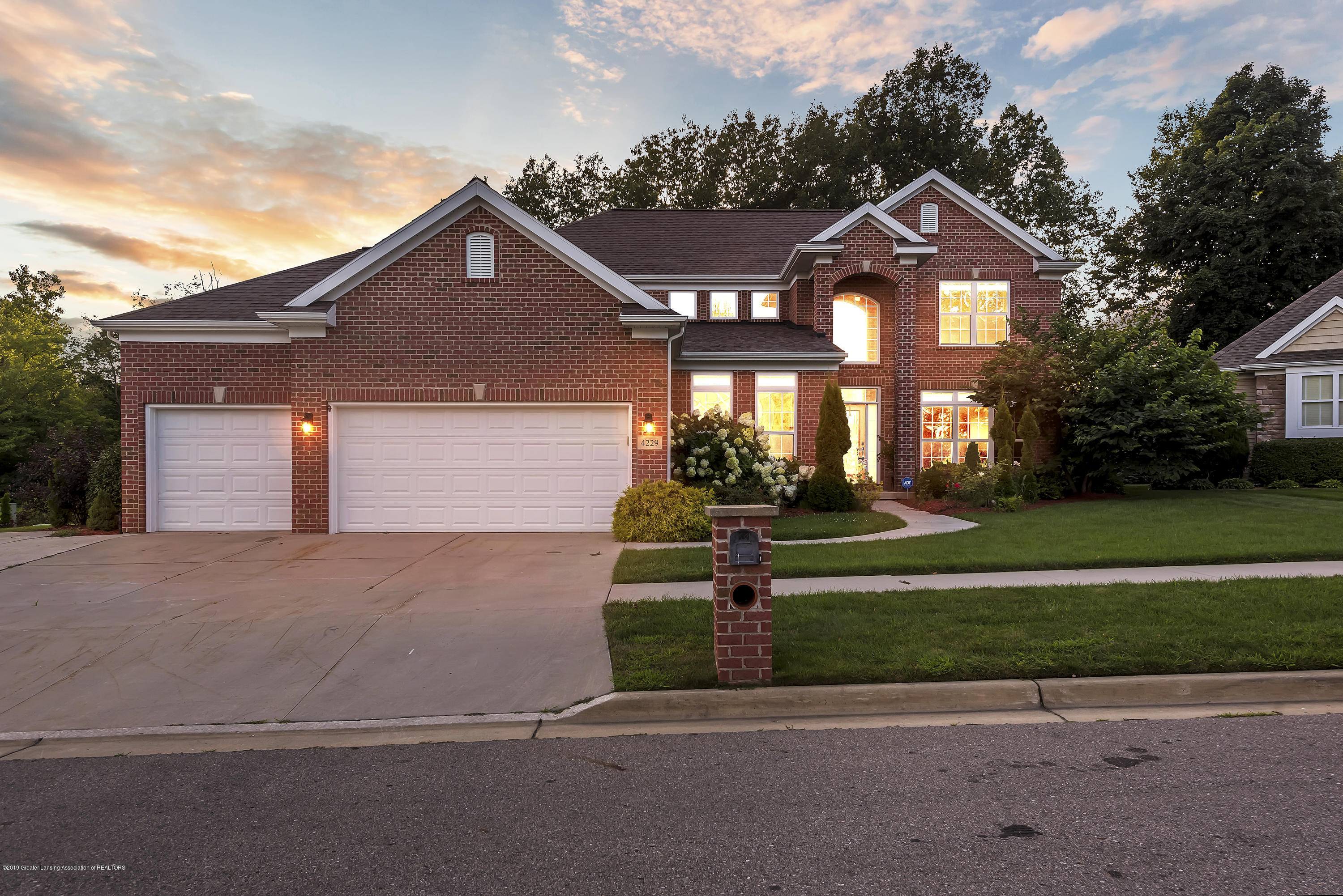 4229 Rain Forest Cir - 4229-Rainforest-Circle-Okemos-MI-windows - 1