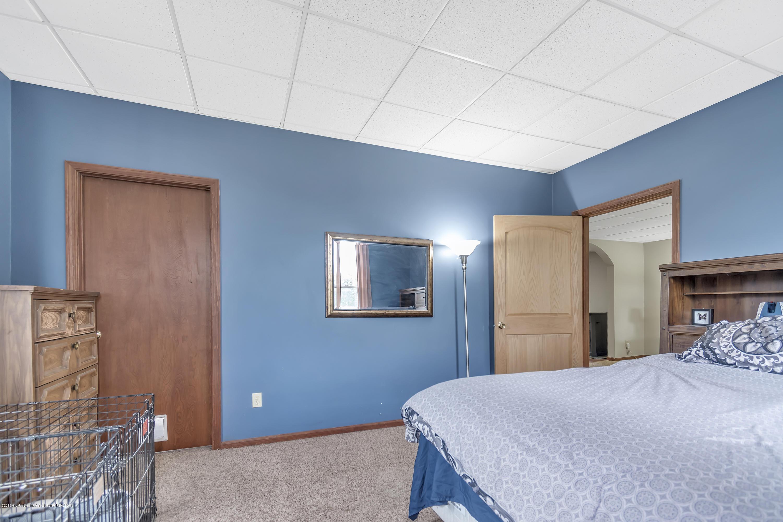 2116 Brookfield Rd - 2116-Brookfield-Rd-Charlotte-MI-windowst - 9