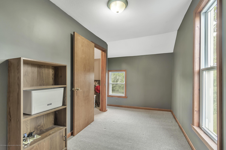 2116 Brookfield Rd - 2116-Brookfield-Rd-Charlotte-MI-windowst - 20