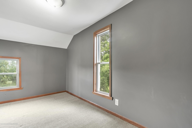 2116 Brookfield Rd - 2116-Brookfield-Rd-Charlotte-MI-windowst - 21