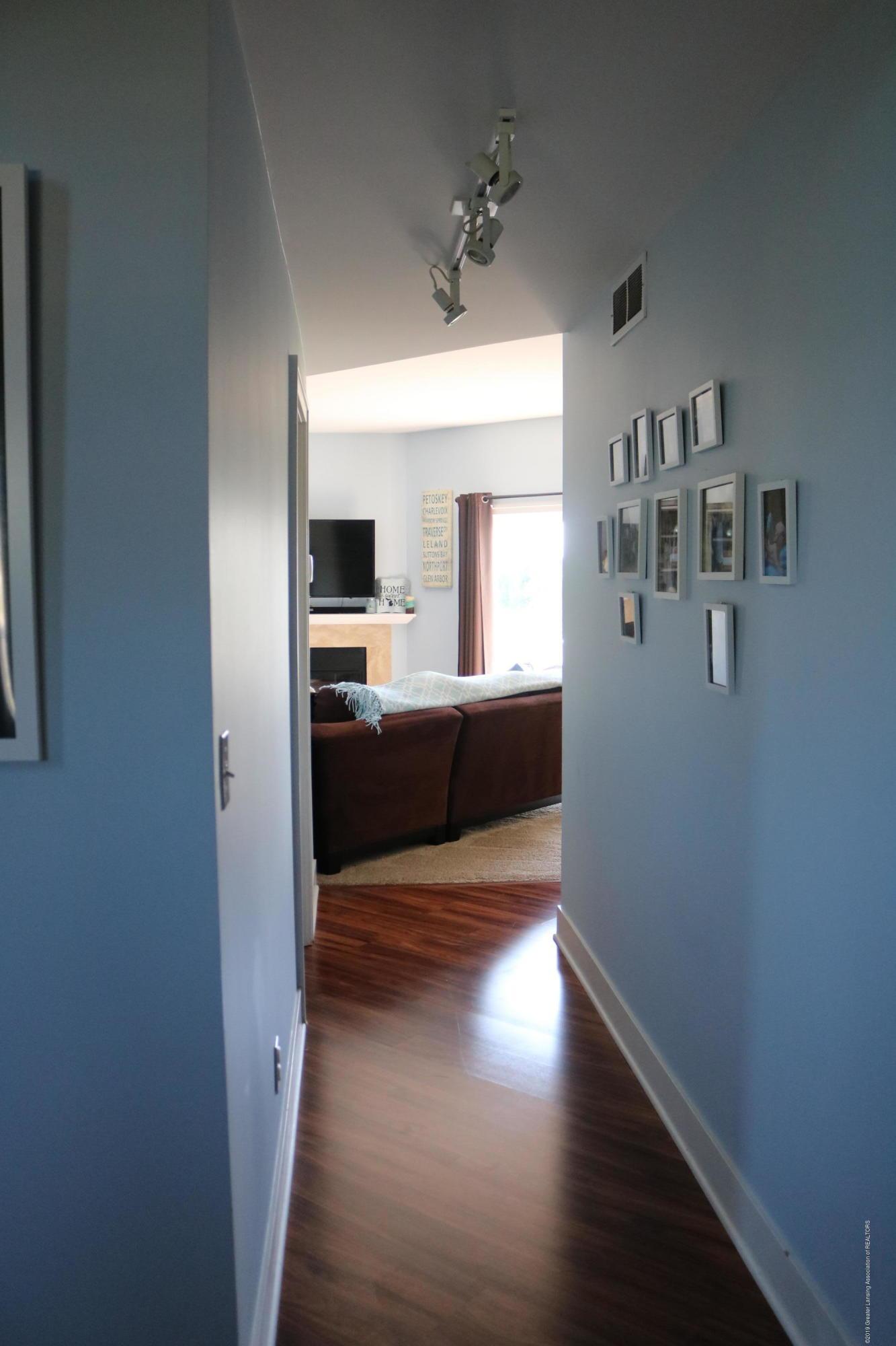 4373 Egnatios Ct - living room hall - 9