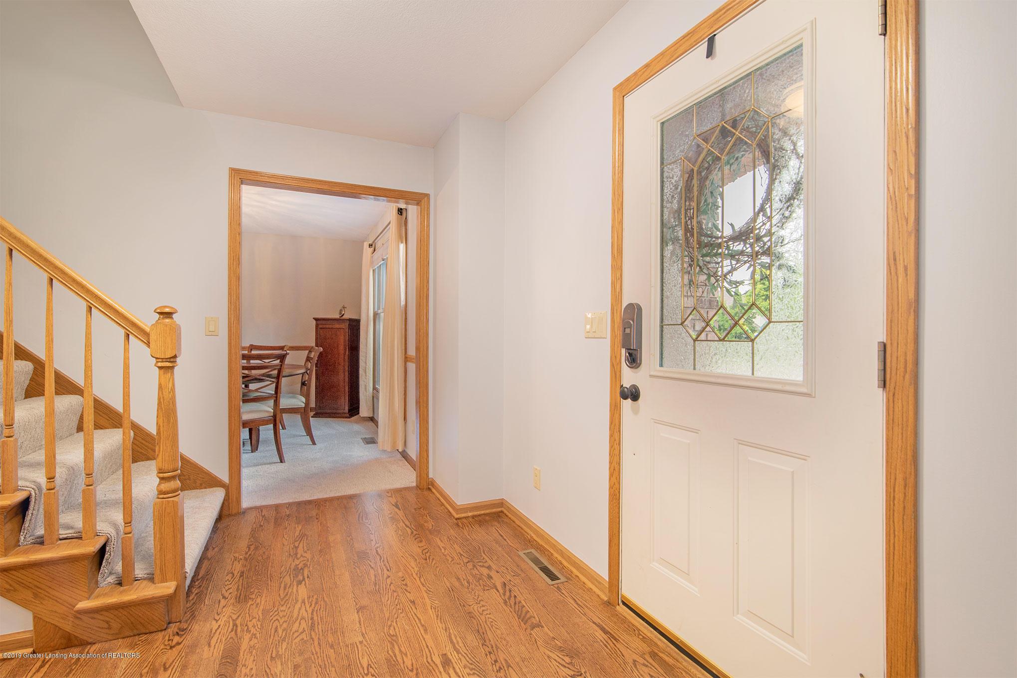 4341 Heartwood Rd - Entrance - 3