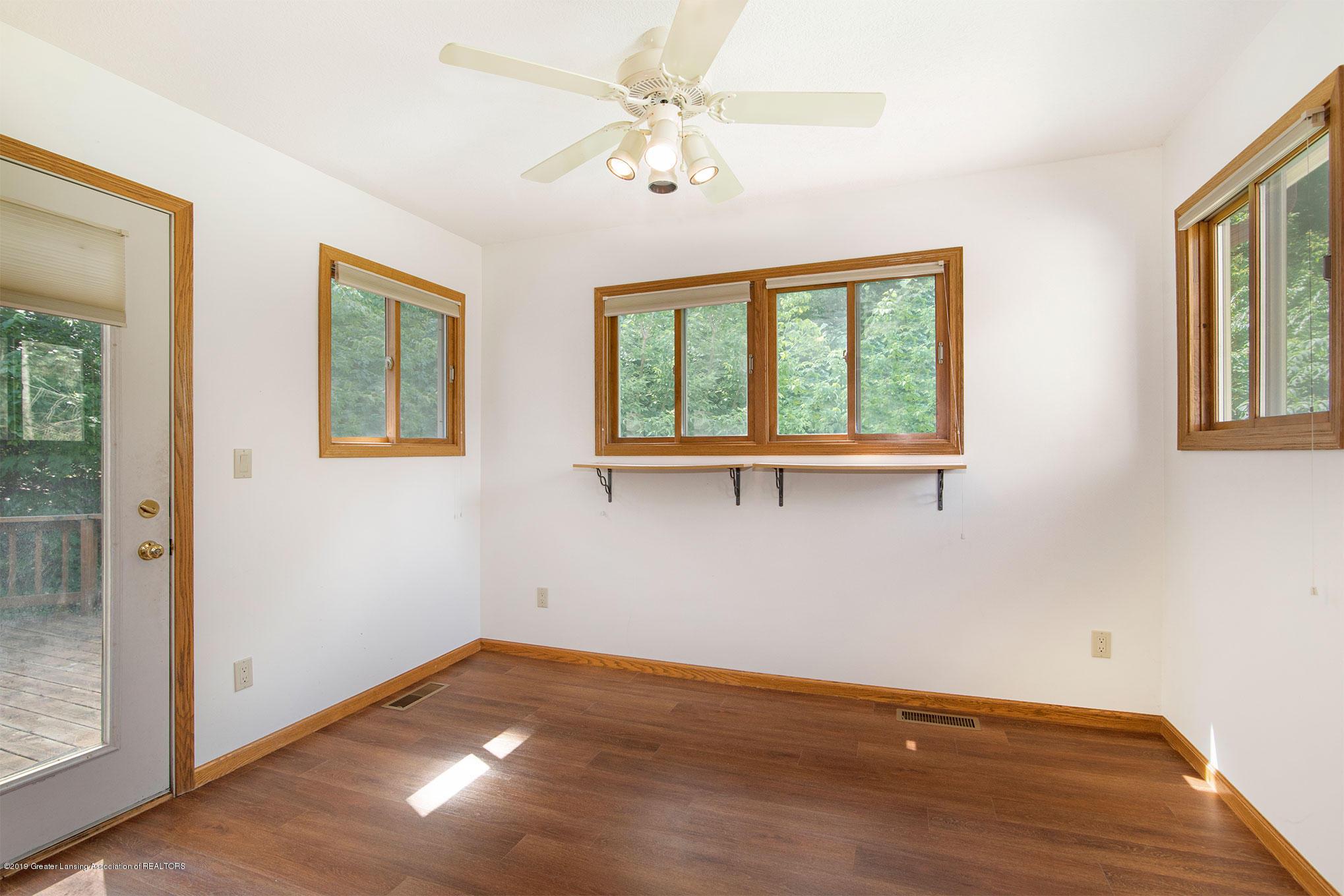 4341 Heartwood Rd - 4 Seasons Room - 11