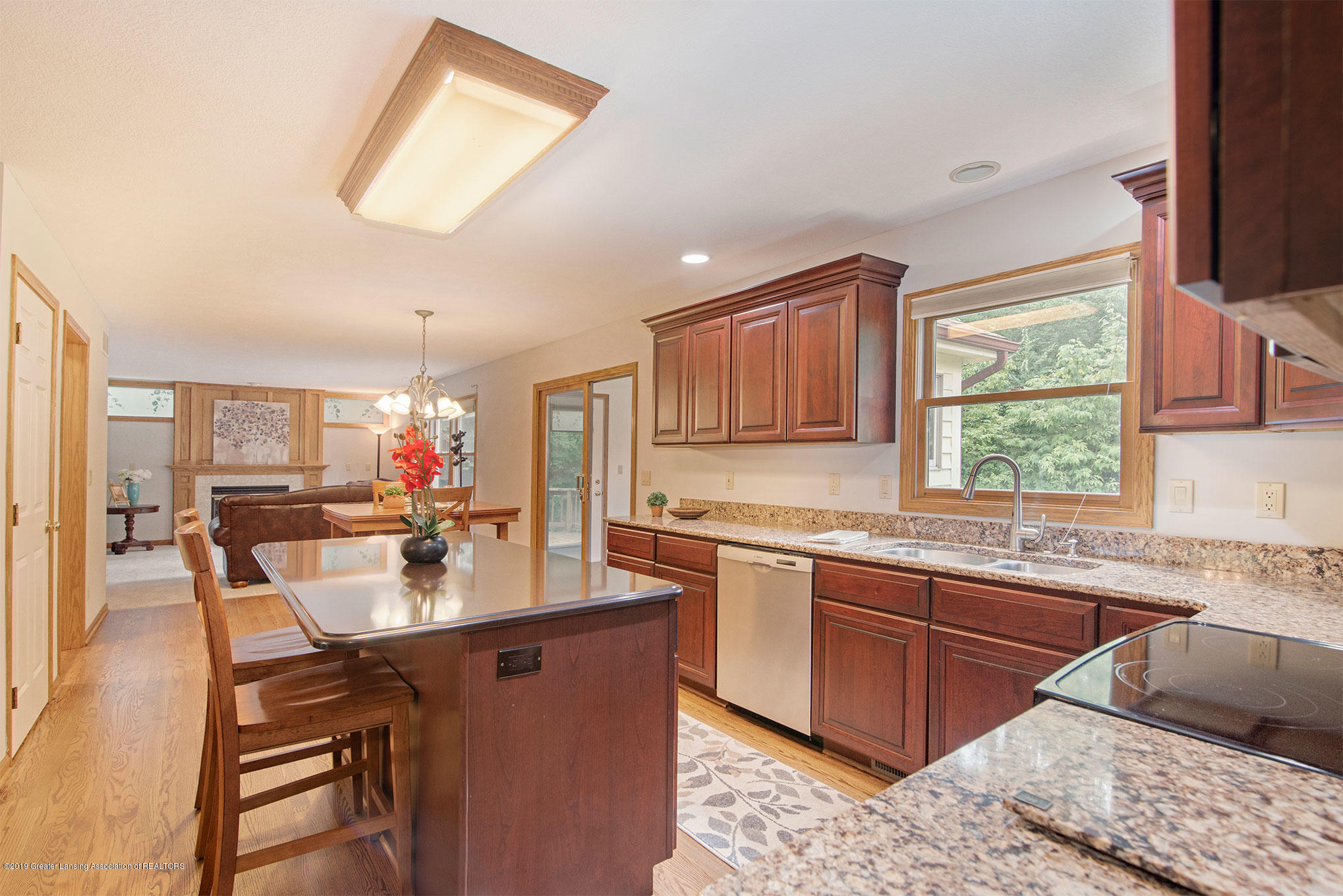 4341 Heartwood Rd - Kitchen - 15