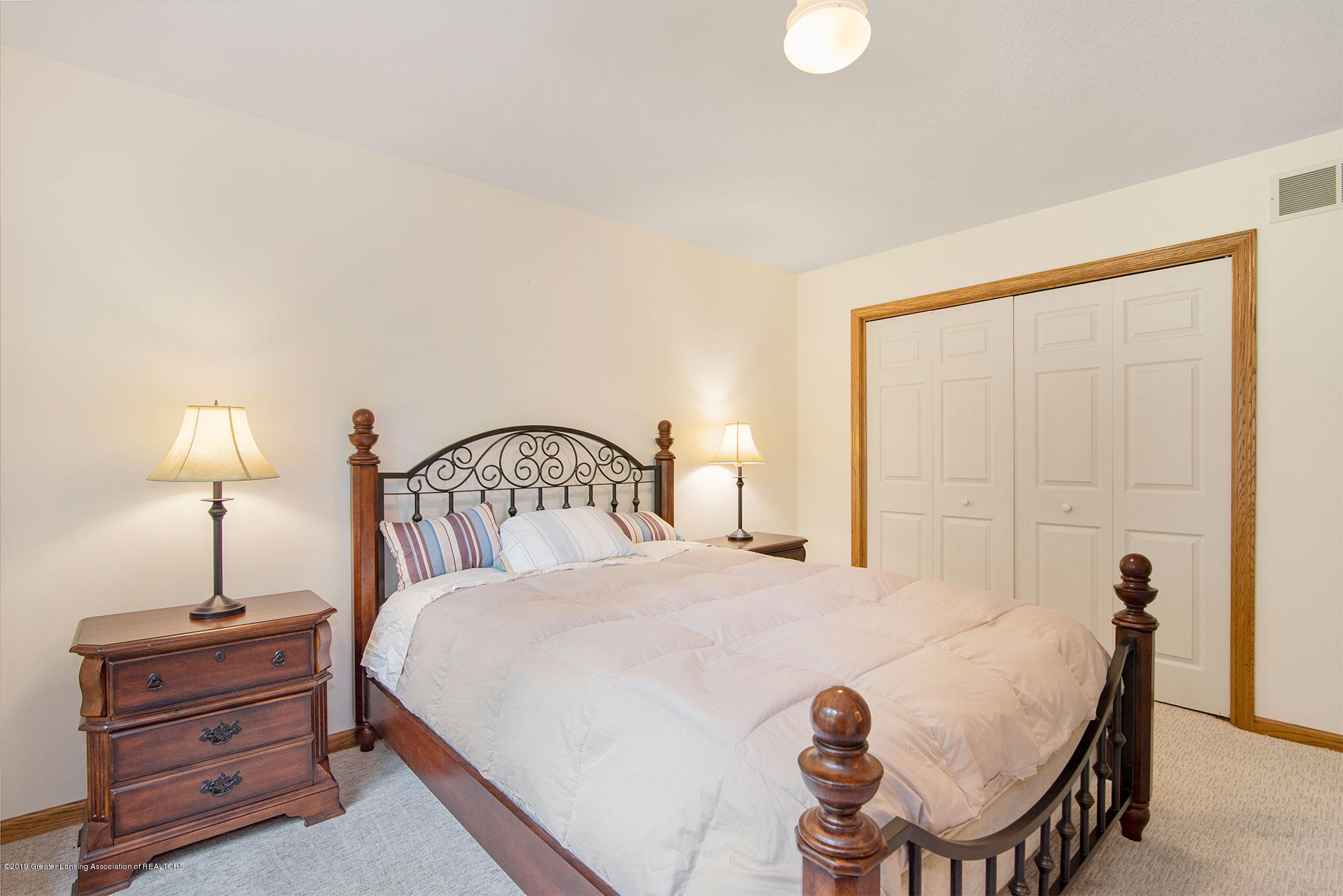 4341 Heartwood Rd - Ensuite Bedroom - 18