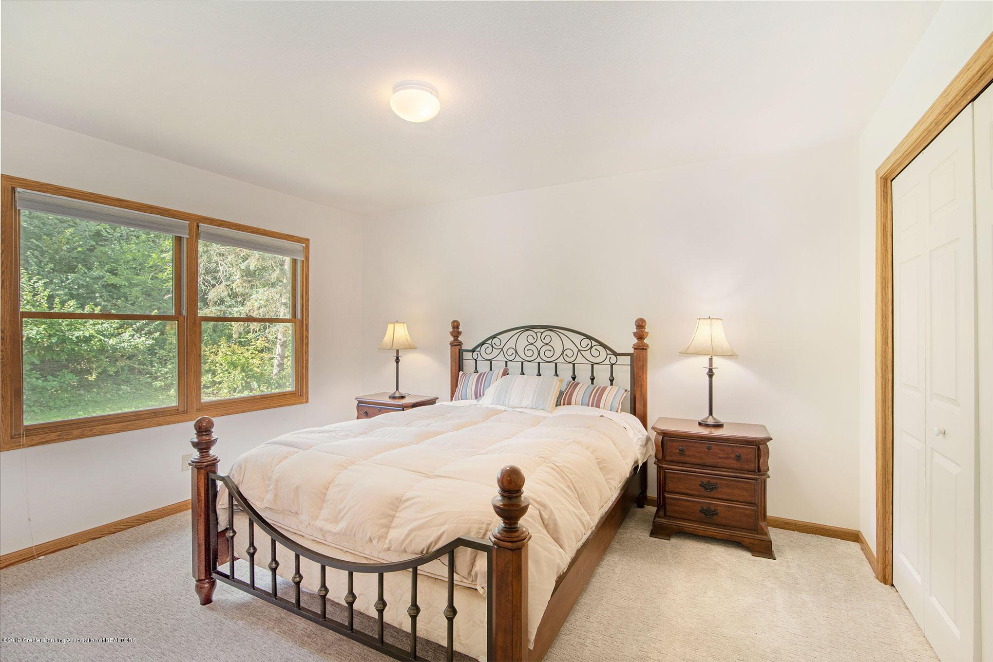 4341 Heartwood Rd - Ensuite Bedroom - 19