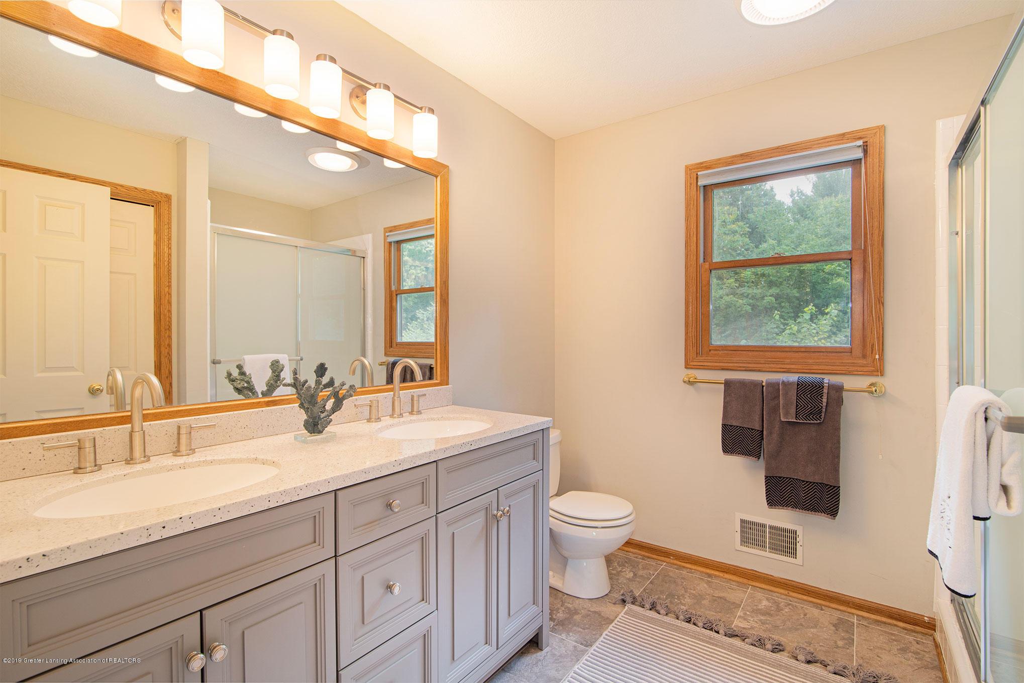 4341 Heartwood Rd - Bathroom - 27