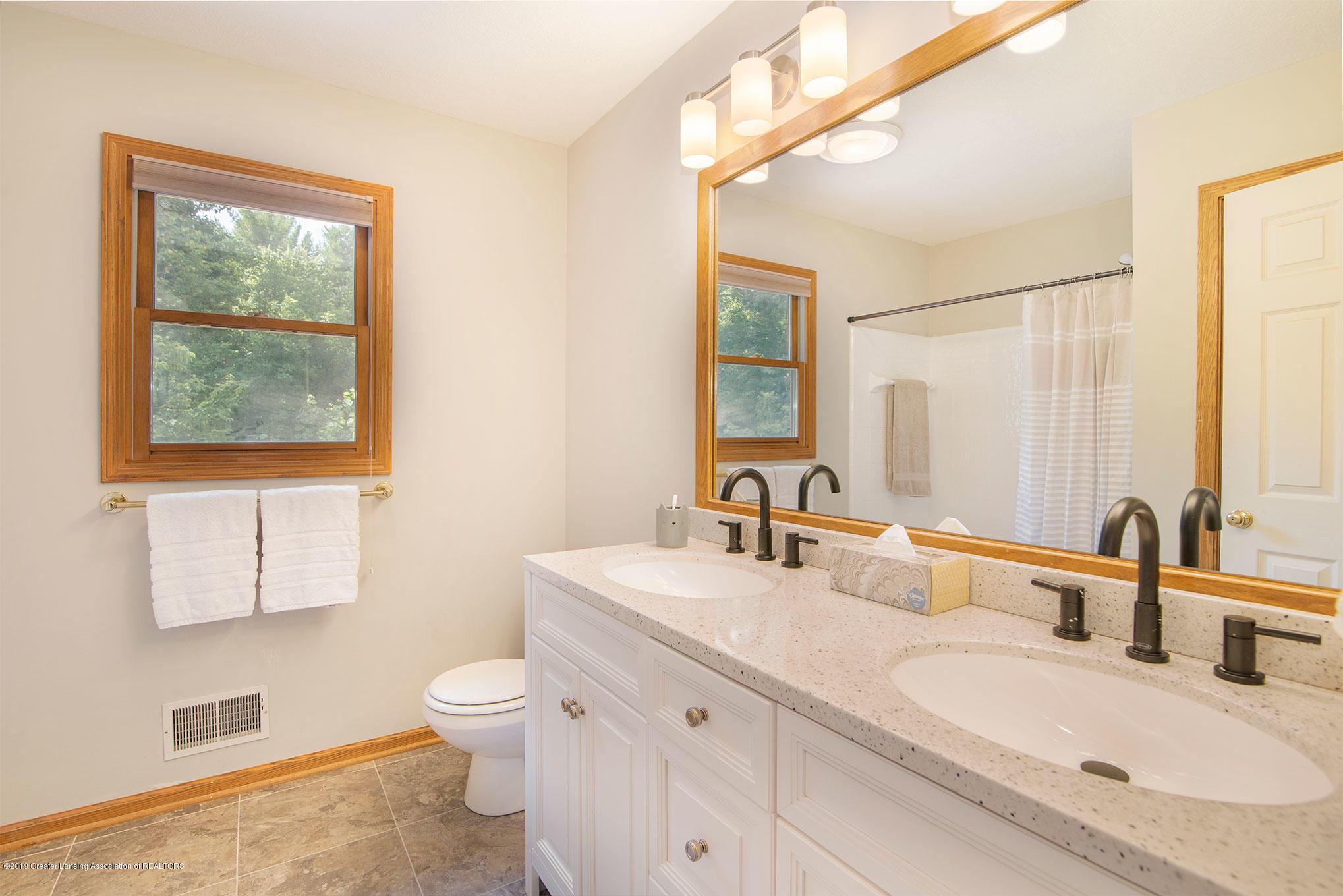 4341 Heartwood Rd - Bathroom - 28
