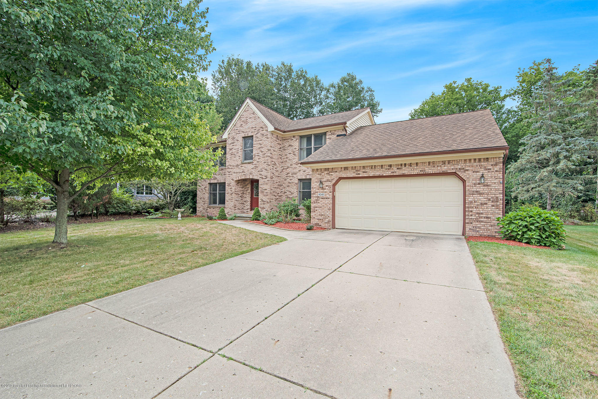 4341 Heartwood Rd - Front - 41