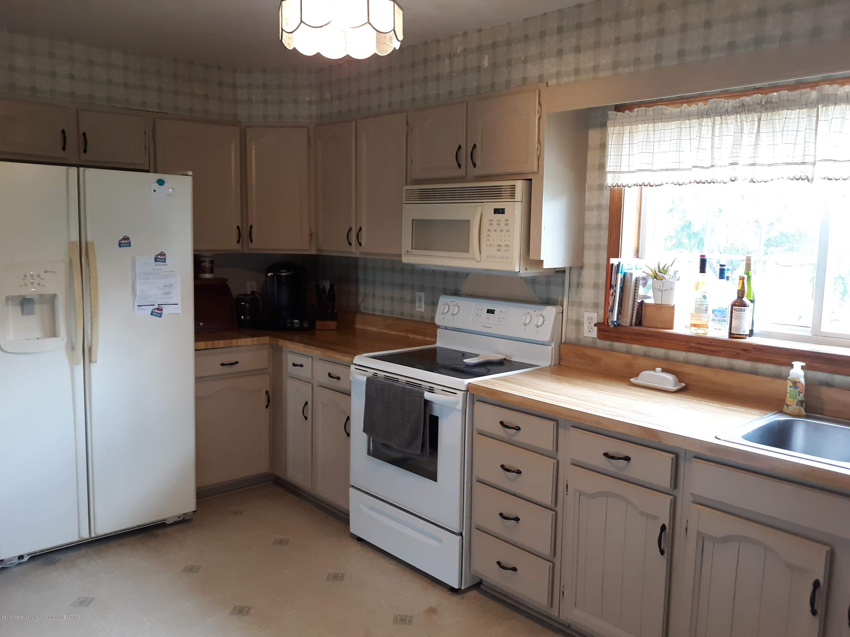 1592 N Chandler Rd - Kitchen - 8