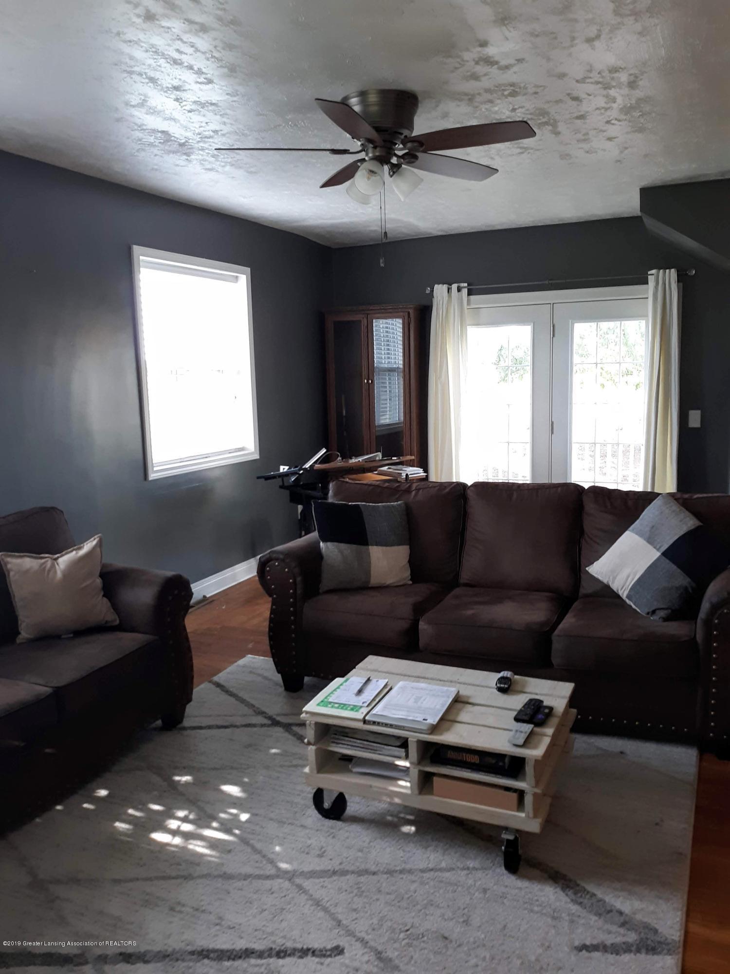 1592 N Chandler Rd - Living Room - 4
