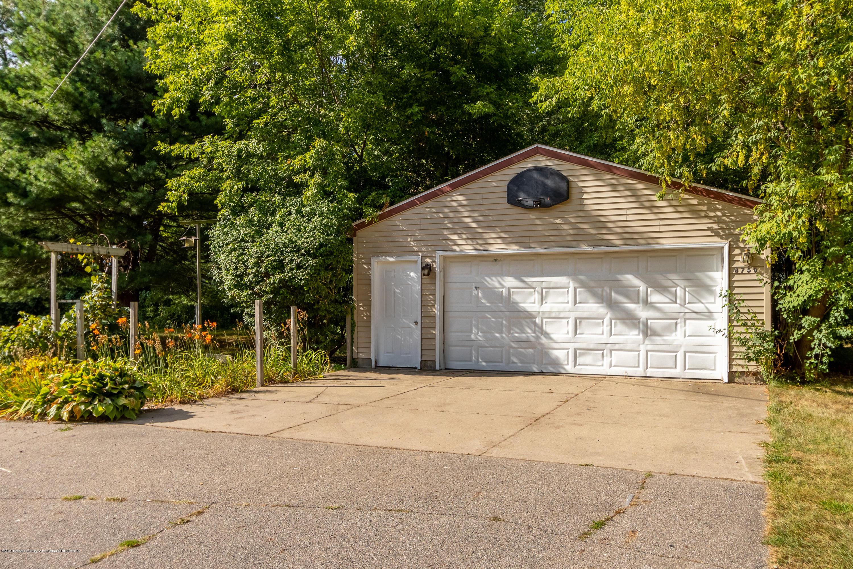 8755 Coleman Rd - Garage - 5