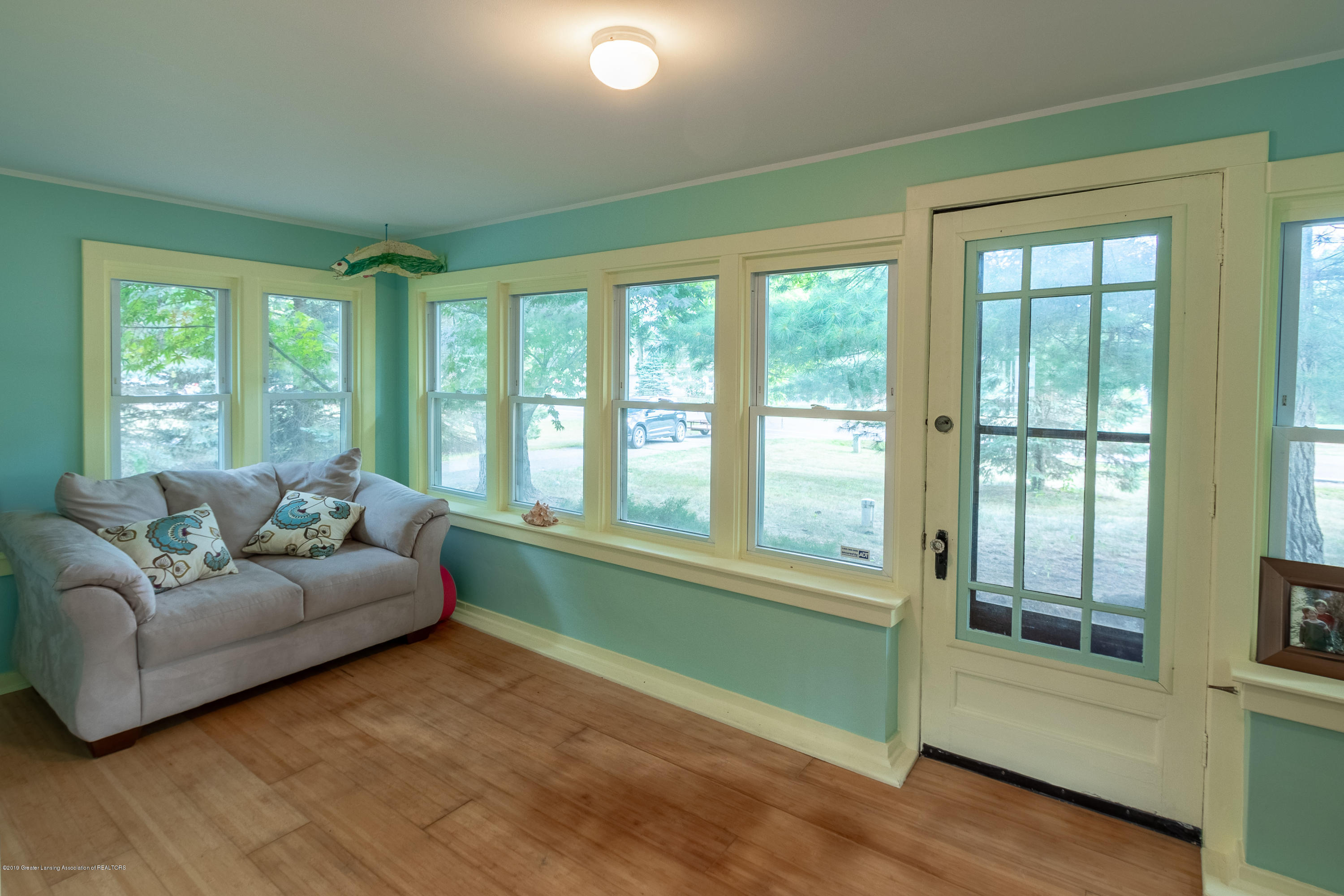 8755 Coleman Rd - 4 Season Sunroom - 15