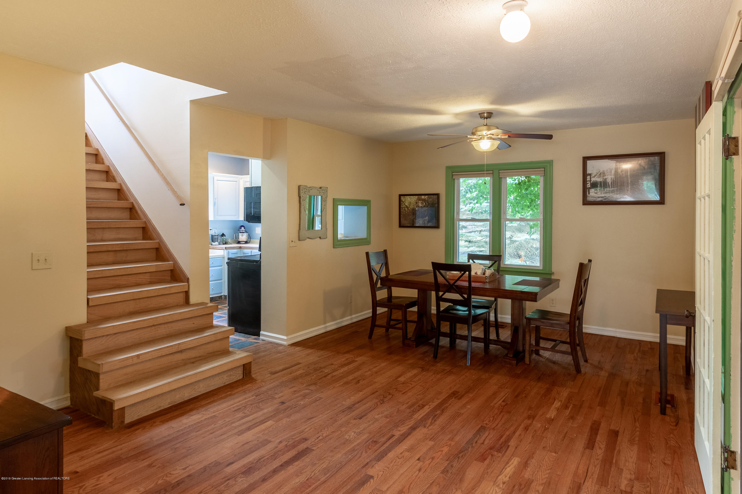 8755 Coleman Rd - Dining Room - 15