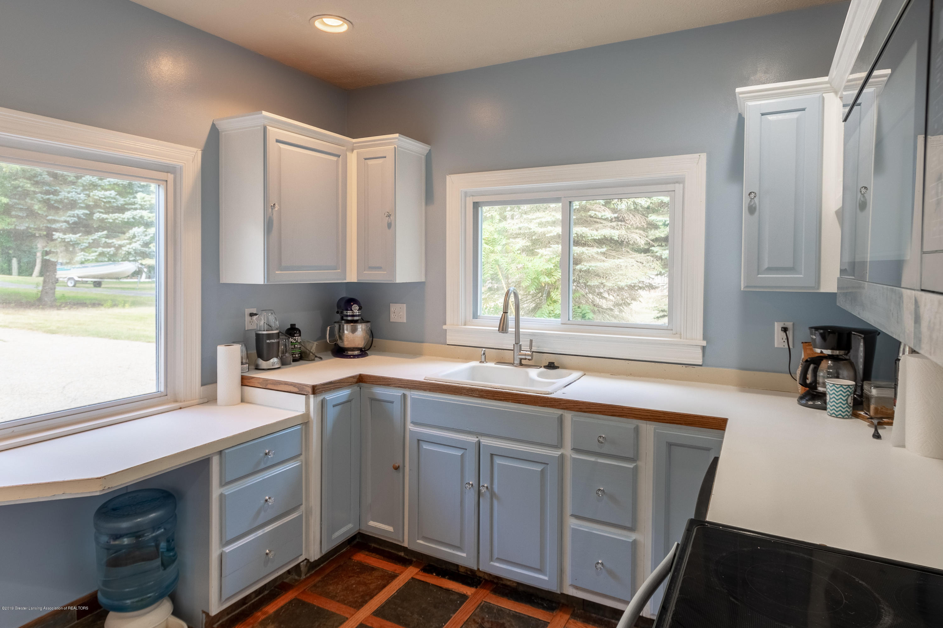 8755 Coleman Rd - Kitchen - 8