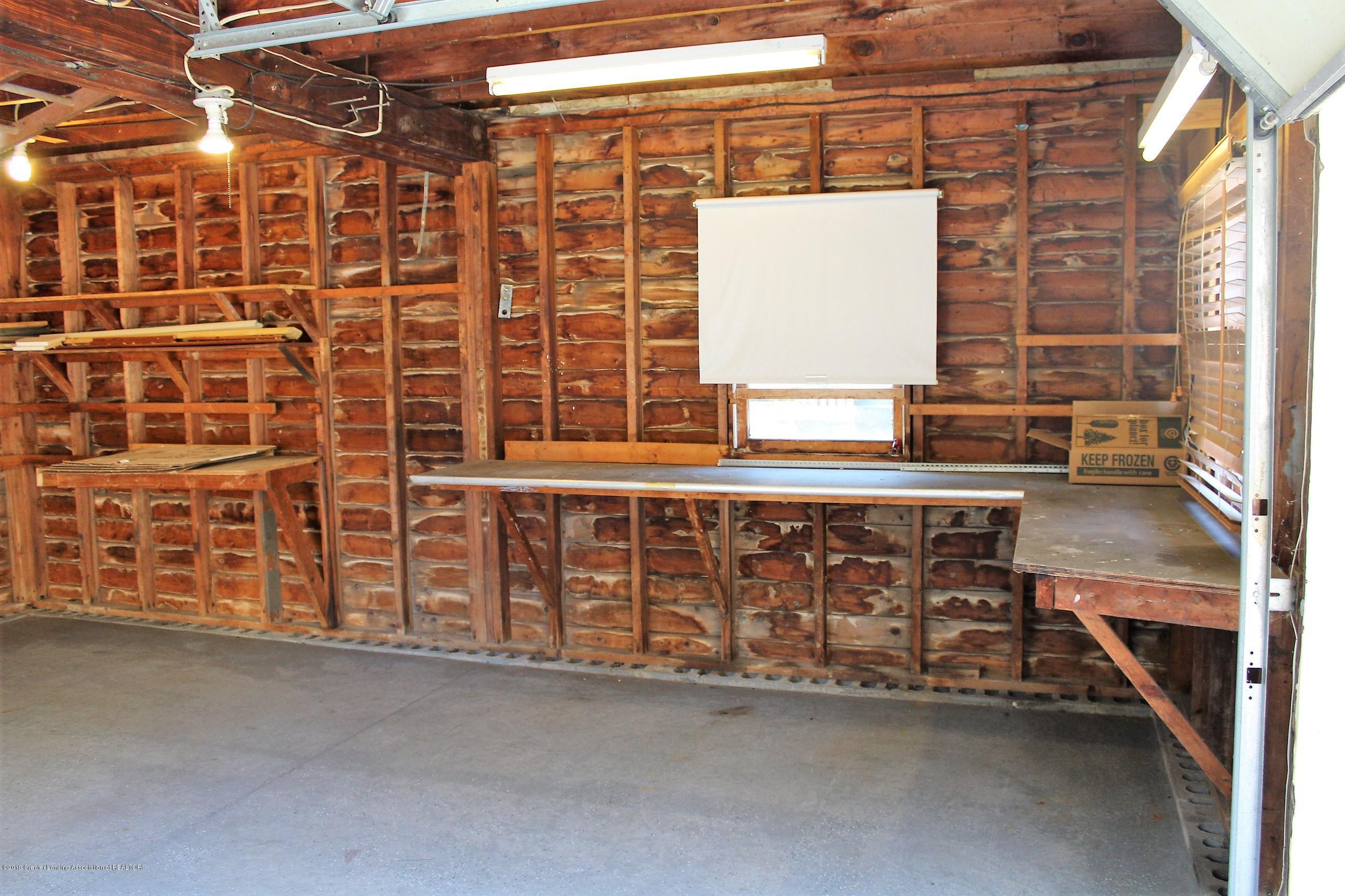 415 Park St - Interior Garage - 32