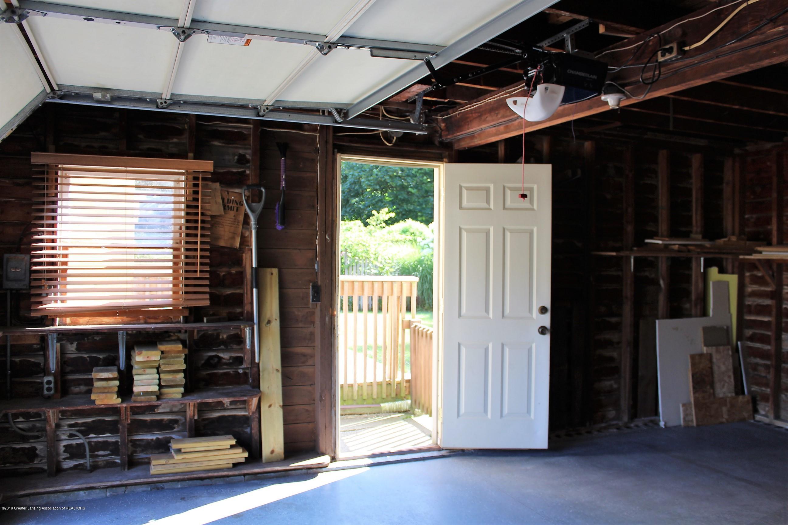 415 Park St - Interior Garage - 33