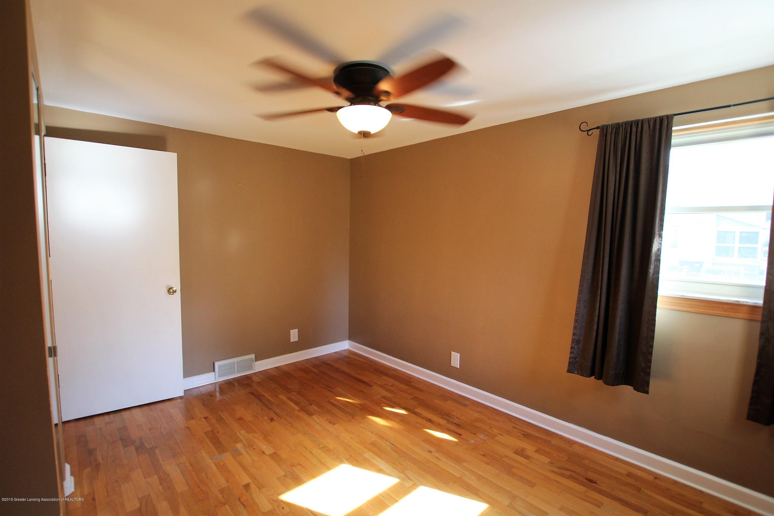 415 Park St - Master Bedroom - 14