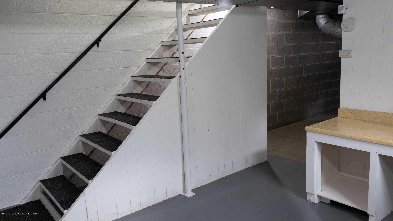 5655 E Pratt Rd - basement stairs-2 - 36