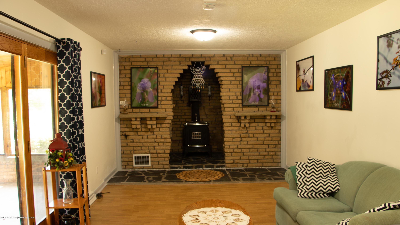 5655 E Pratt Rd - familyroom - 2