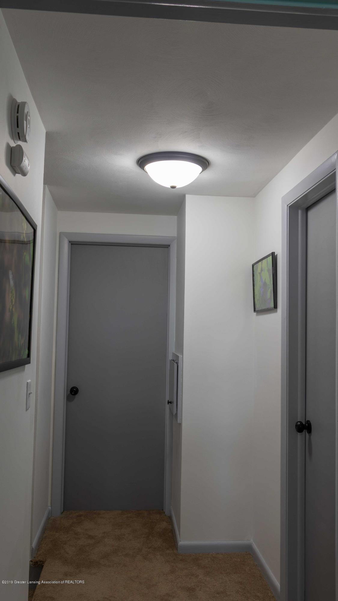 5655 E Pratt Rd - ustairs hallway - 42