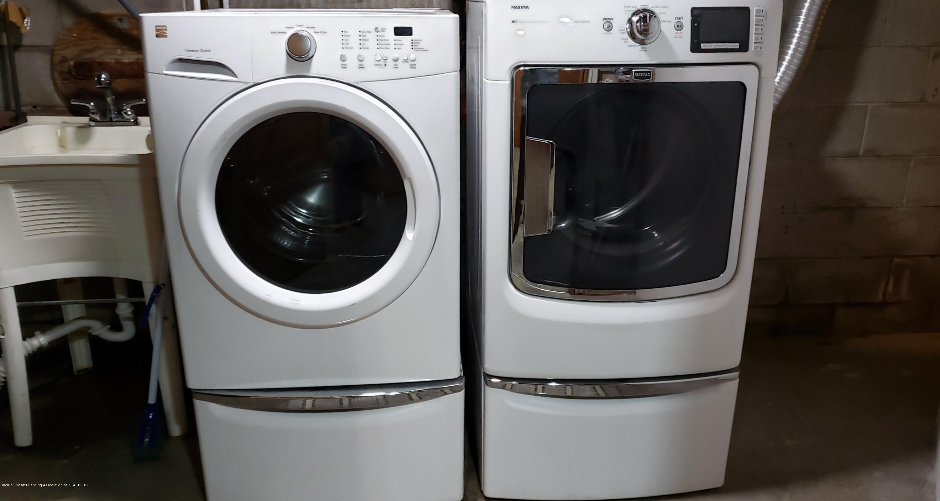 224 Woodhaven Dr - Washer Dryer - 26