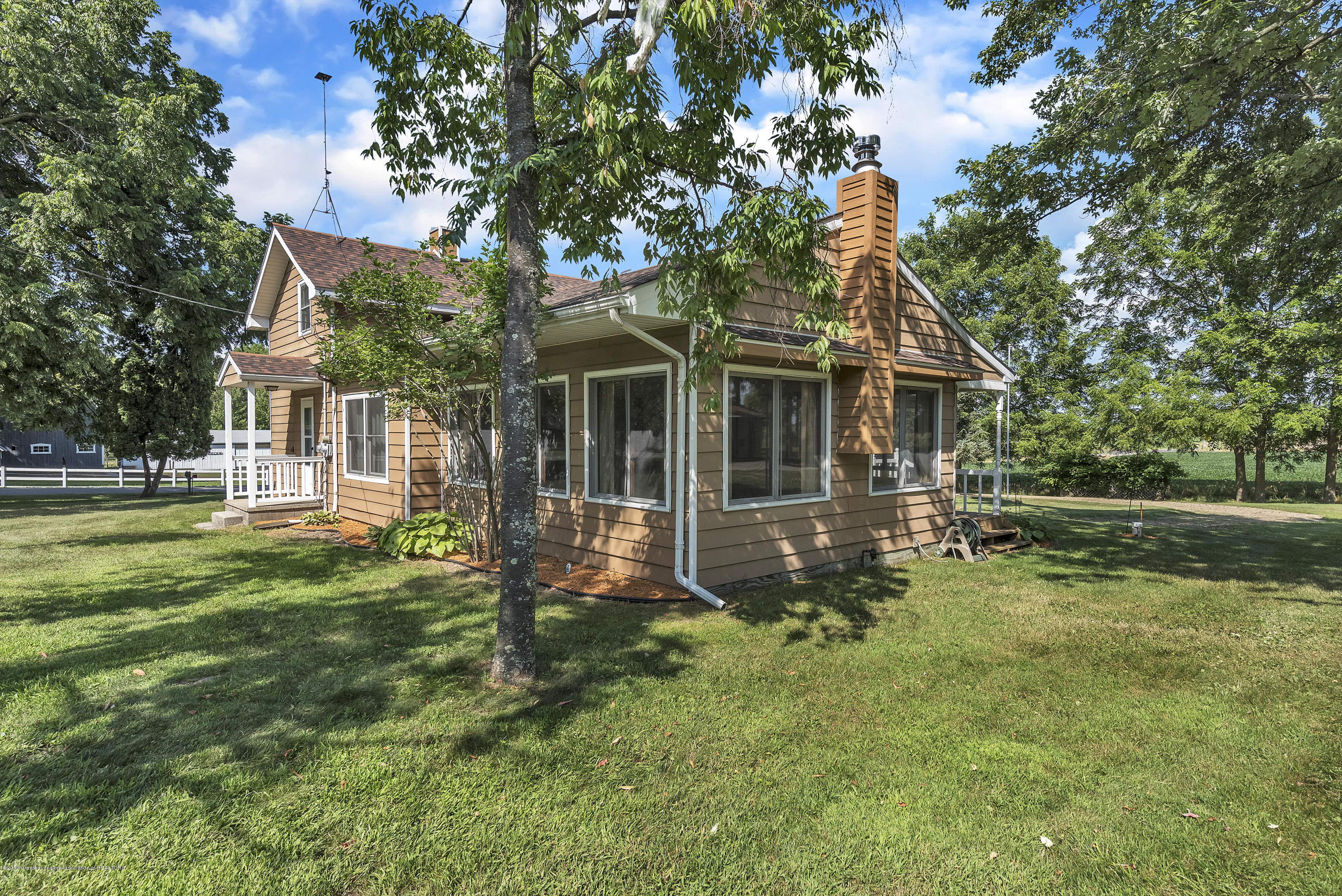 450 Noble Rd - 450-Noble-Rd-Williamston-MI-48895-window - 11