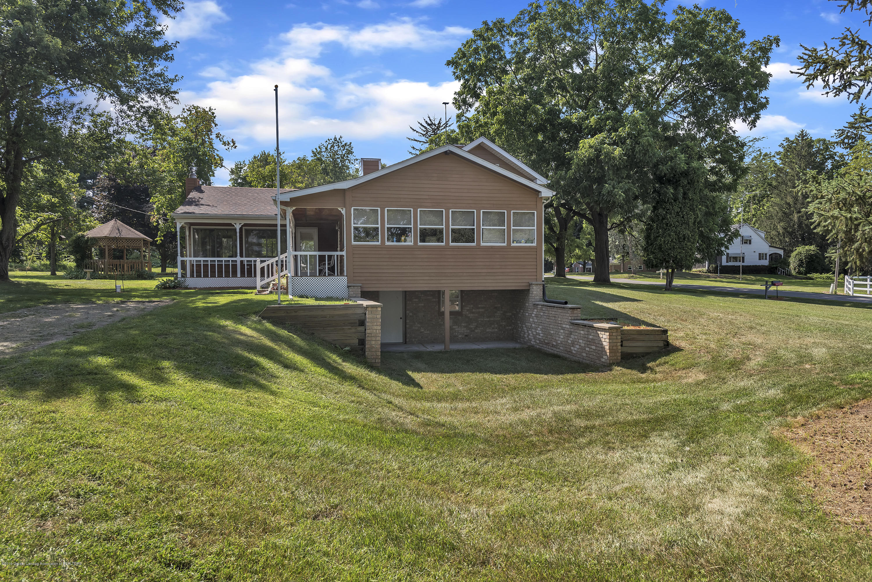450 Noble Rd - 450-Noble-Rd-Williamston-MI-48895-window - 19