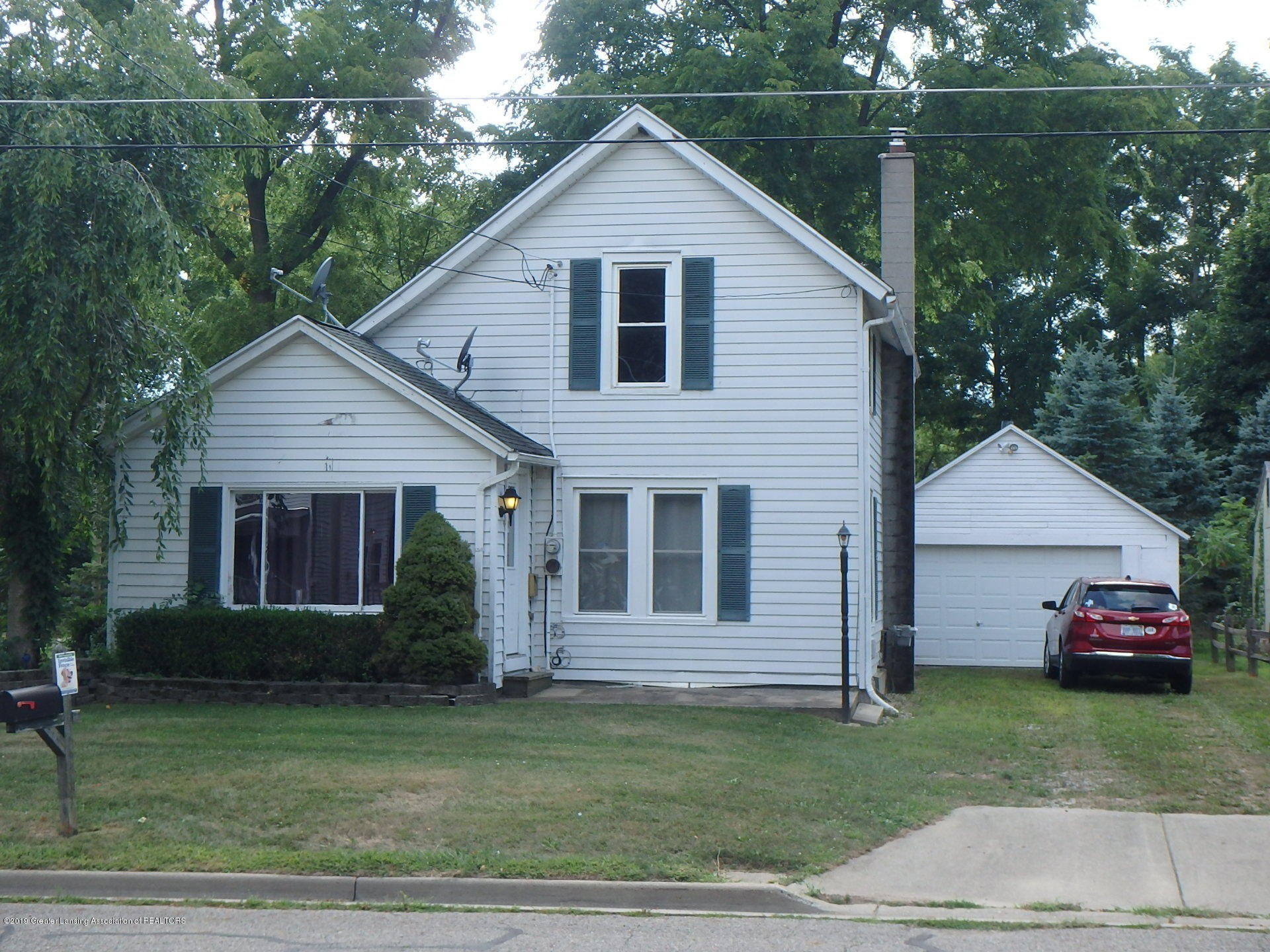 715 Forest St - Front - 1