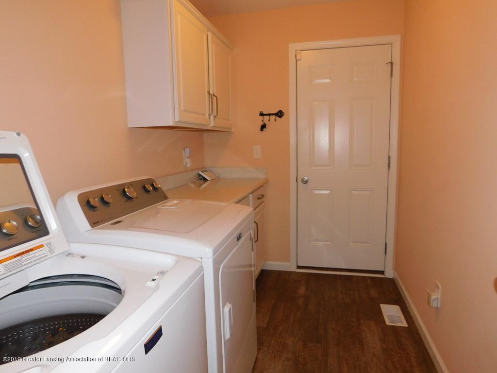 3568 Beal Ln - 12_3568 Beal 1st floor laundry - 13