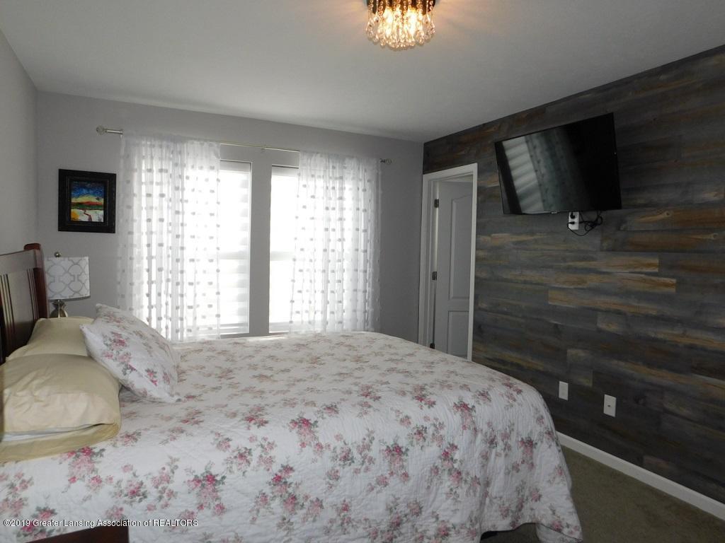 3568 Beal Ln - 14_3568 Beal master bedroom - 15