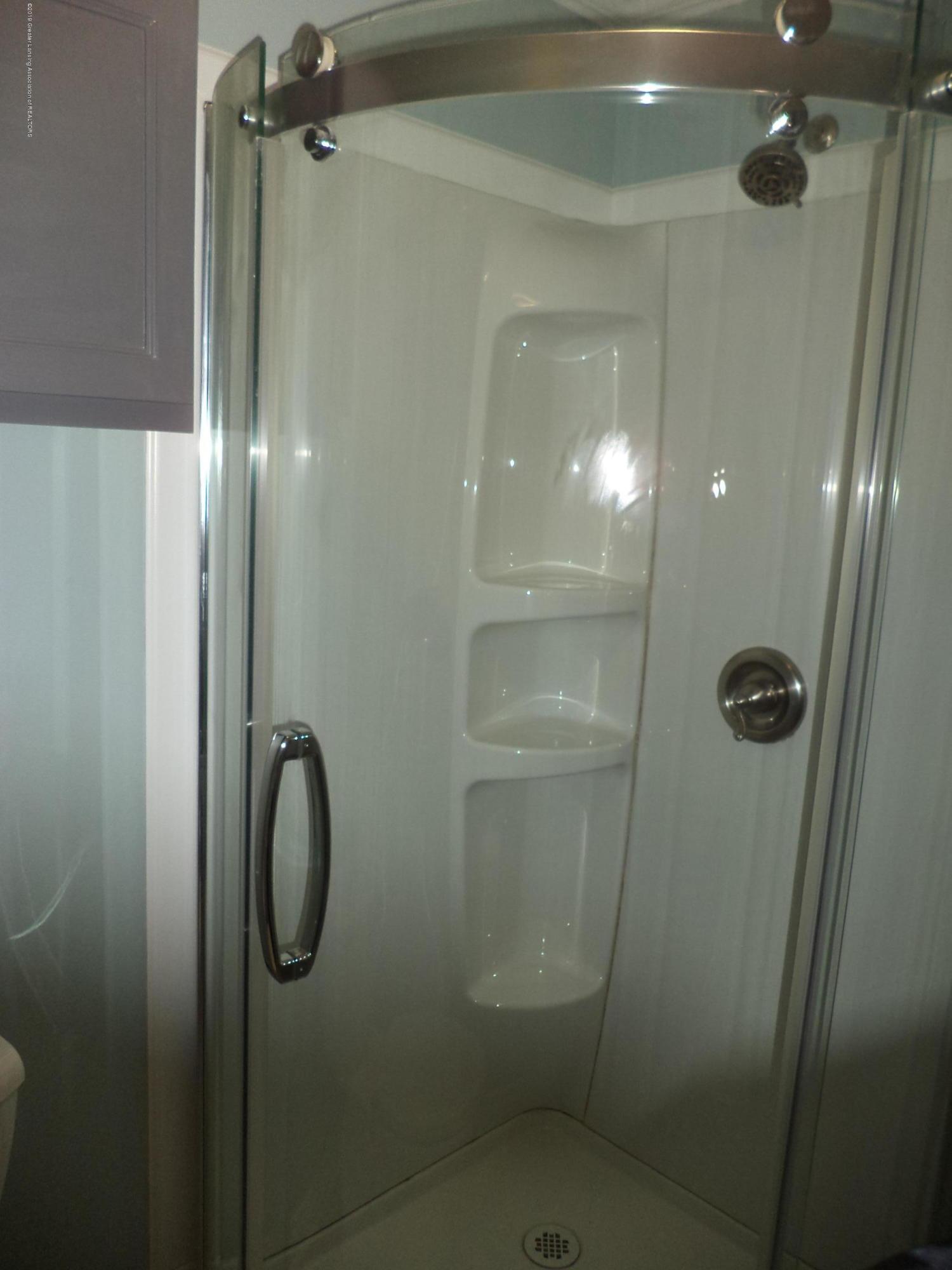 3200 S Dewitt Rd - Glass enclosed shower - 17